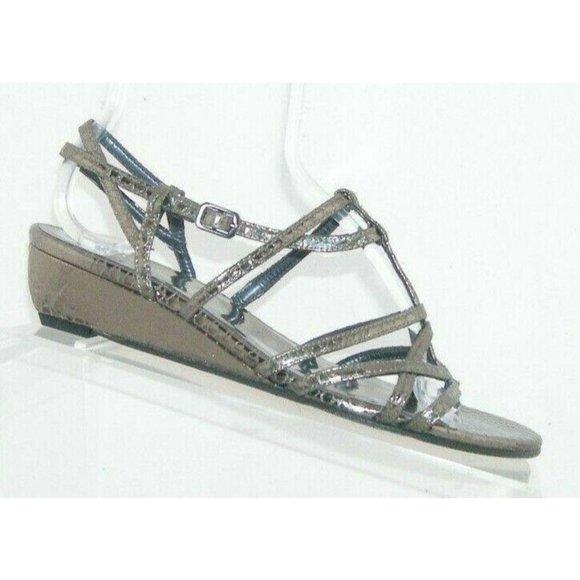 Stuart Weitzman silver leather sandal wedges 6.5M
